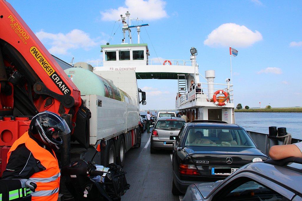 glückstadt wischhafen fähre fahrplan